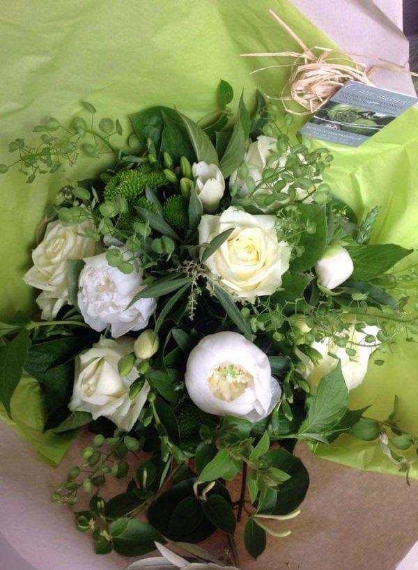 Bouquet rond blanc et vert