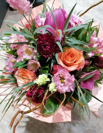Bouquet de fleurs et feuillage